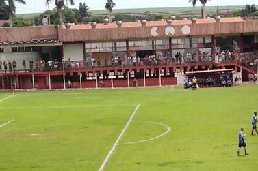 Final de futebol gera aglomeração e presidente de clube é multado em Ourinhos
