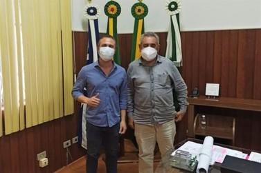 Prefeitura de Jacarezinho e Frangos Pioneiro debatem investimentos na cidade