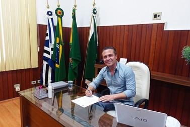Prefeitura de Jacarezinho quer adquirir 20 mil doses de vacina contra Covid-19