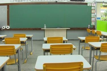 600 escolas estaduais retomam aulas presenciais no Paraná a partir de segunda
