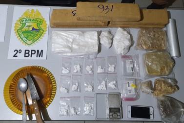 Casal de irmãos é preso suspeito de tráfico de drogas em Jacarezinho