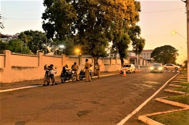 Operação Militar é executada em Jacarezinho para coibir motociclistas infratores