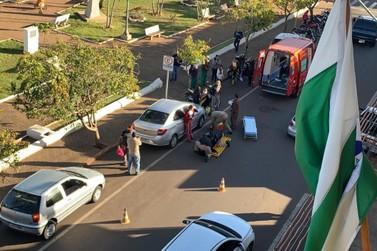 Colisão entre motocicleta e carro deixa um ferido em Jacarezinho