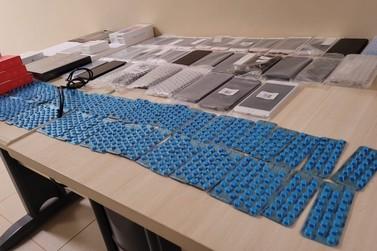Homem é preso com mil comprimidos de impotência sexual e 40 celulares fraudados