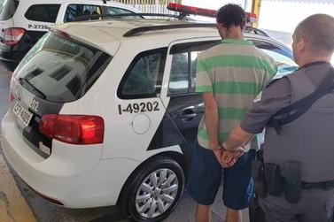 Suspeitos de tráfico de drogas são presos pela polícia