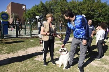 Jundiaí ganha praça com conceito pet friendly