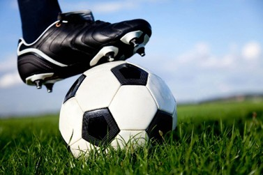 Confira a programação do Campeonato Louveira de Futebol Amador.