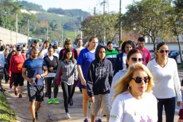 Veja as fotos da Caminhada Solidaria de domingo (14)