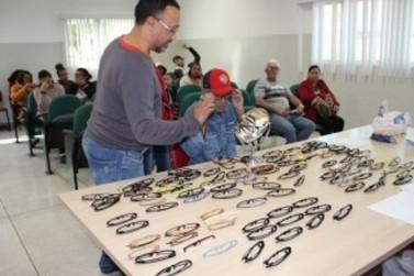 Louveira entrega mais 75 óculos de grau gratuitamente