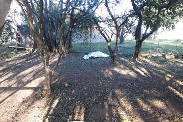 Mulher é encontrada morta no Jardim Niero