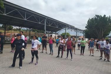 Caminhada contra o sedentarismo agita a manhã de Louveira