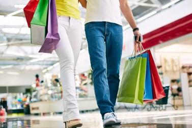 Endividamento do consumidor cai pela primeira vez em 2019