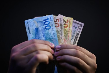 Crédito está mais fácil e barato, mas publicidade maquia riscos, mostra estudo