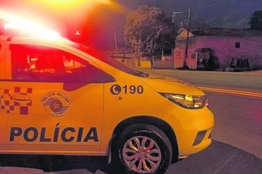 PMs fecham desmanche clandestino de caminhões em Itupeva
