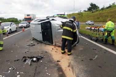 Engavetamento entre Valinhos e Campinas envolve sete veículos e deixa feridos