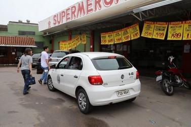 Equipes da Vigilância Sanitária de Louveira estão orientando os comerciantes