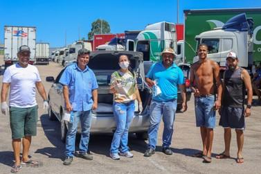 Moradora de Louveira e seu esposo fazem ação de ajuda a caminhoneiros