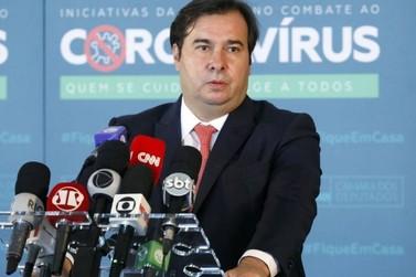Eleições devem ser adiadas, diz Rodrigo Maia