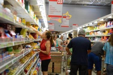 Supermercados podem funcionar 24h em Itatiba
