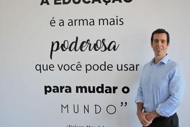 Bolsonaro indica que escolherá Renato Feder como novo ministro da Educação