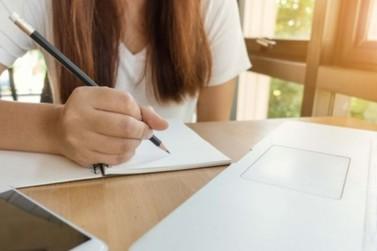 Confira as listas de aprovados e reprovados das bolsas de estudo PRES e PRET