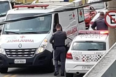 Leitor envia foto de colisão entre motocicletas na Av. Paulo Prado em Louveira