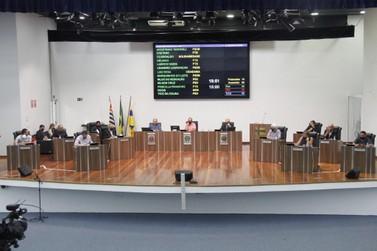 Câmara de Louveira faz reunião entre eleitos para definir cerimônia de posse.