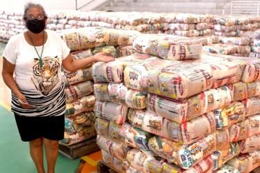 Louveira retoma entrega de cestas com alimentos no CEIL Centro e no Burck