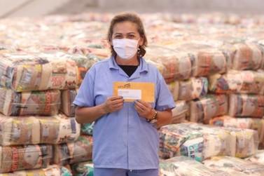 Cesta e cartão alimentação garantem suporte a milhares de famílias em Louveira