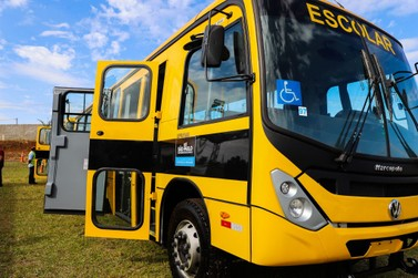 Governo do Estado faz doação de ônibus escolar para Itupeva