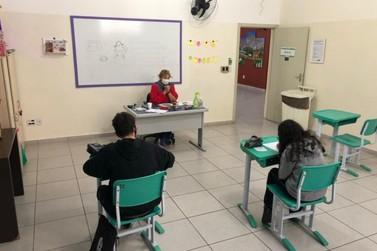 Vinhedo retoma gradativamente as aulas presenciais de oficina