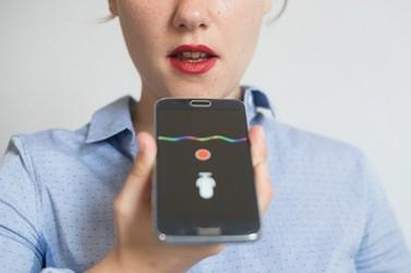 Caixa Econômica integra assistente de voz para consulta a PIS por celular