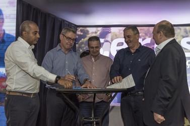 Sicredi e órgãos públicos firmam parceria para impulsionar desenvolvimento local