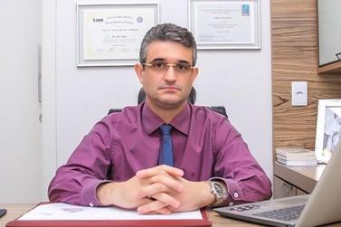 Dr. Fábio Argenta recebe Portal da Cidade para comemorar Dia do Médico