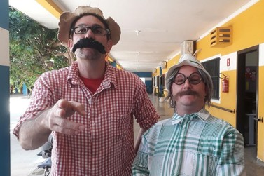 Tchó e Béppi fazem show voluntário aos alunos da APAE em Lucas do Rio Verde