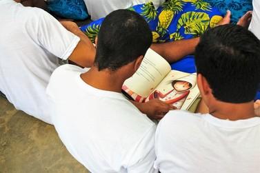 Dia do Livro: 67% dos leitores brasileiros têm entre 18 e 24 anos