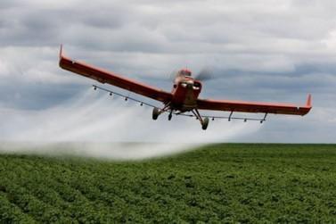 Bolsonaro e Barbudo se posicionam a favor da aviação agrícola em Mato Grosso