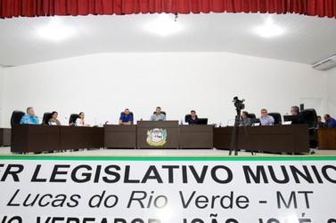 Polêmicas, discussões,votações de projetos e indicações movimentaram Sessão