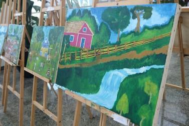 Vivência de caboclo: Prefeitura de Lucas do Rio Verde faz exposição de quadros