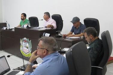 Vereadores da base de Lucas do Rio Verde questionam pauta trancada
