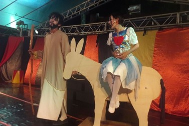 Auto da Magia e da Alegria emociona público de Lucas do Rio Verde