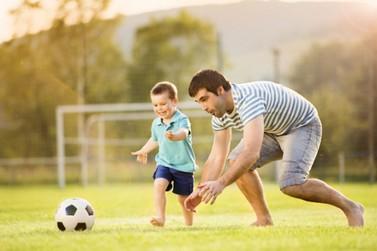 """""""Pais que brincam com os filhos são mais felizes"""", destaca psicóloga luverdense"""