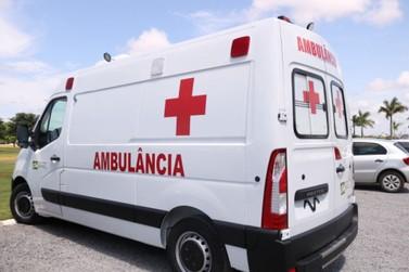Prefeitura de Lucas compra ambulância UTI e van para 21 passageiros