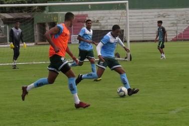 Após lesão, Borel está recuperado e treina normalmente com elenco do Luverdense