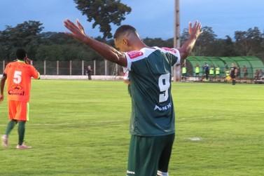 Luverdense supera retranca do Guaporé e agrada José Roberto
