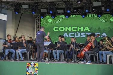 Primeira concha acústica de Lucas do Rio Verde é inaugurada com festa