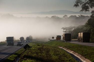 Temperaturas baixas provocam neblinas e exigem atenção na BR-163