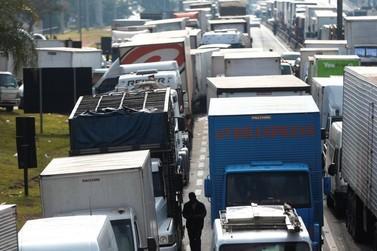 Justiça proíbe fechamentos de rodovias em eventual greve de caminhoneiros