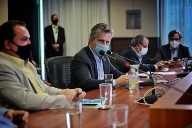 Governador anuncia pacote de socorro a bares, restaurantes e setor de eventos