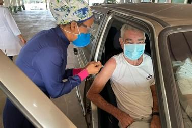Idosos acima de 71 anos serão vacinados neste sábado (03) em Lucas do Rio Verde